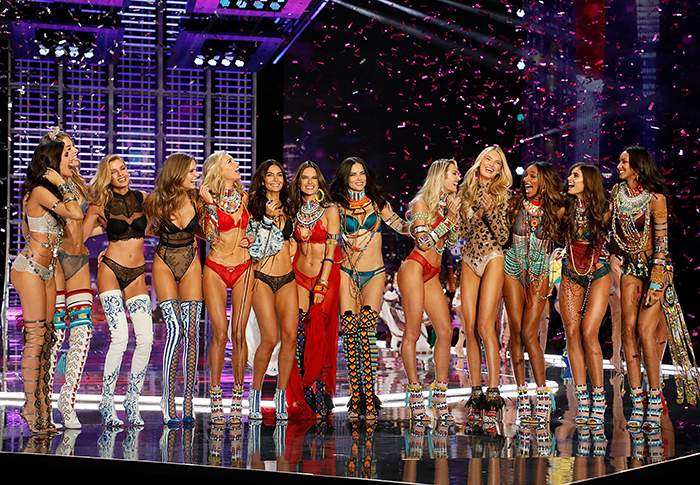 Victoria's Secret Show 2017: catwalk tumbles, after party secrets and best looks